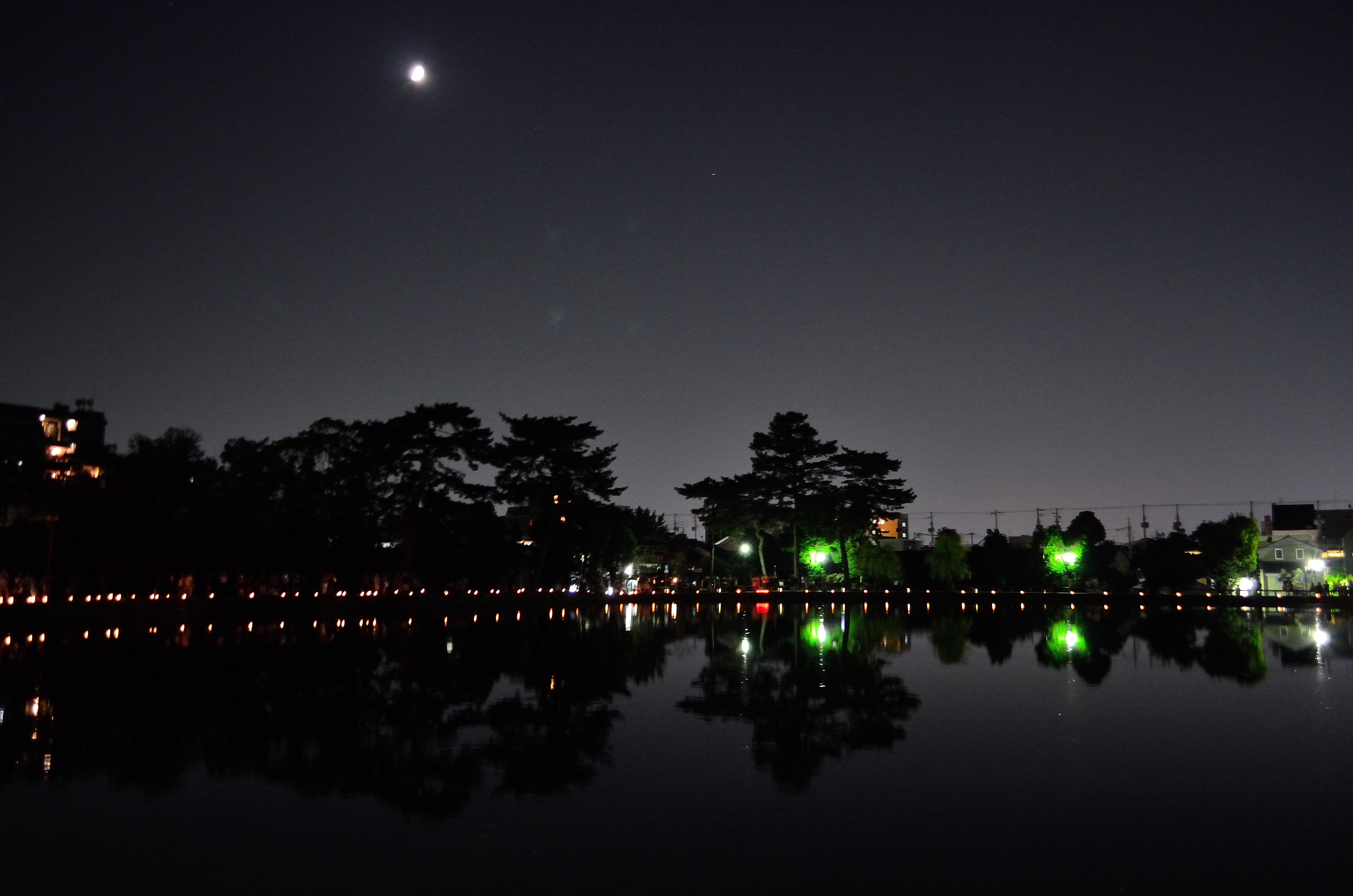 なら燈花会2013 猿沢池と半月