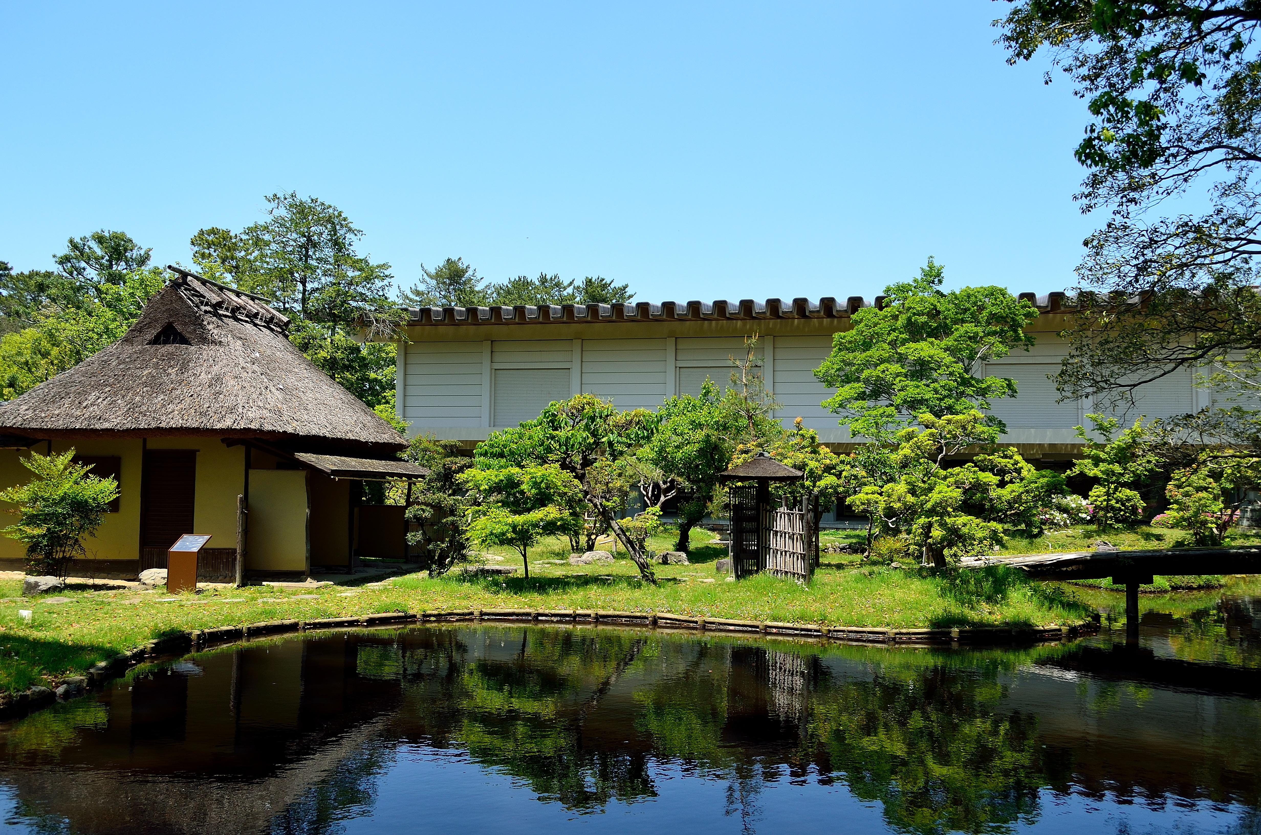 奈良国立博物館 西新館と八窓庵