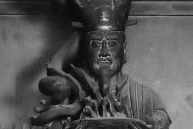 長谷寺本堂 難陀龍王立像