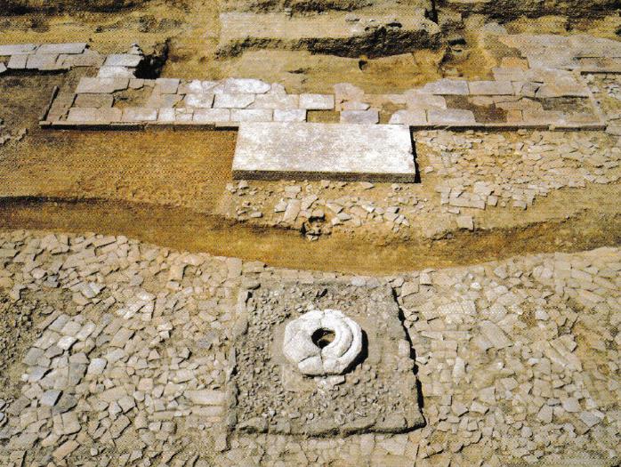 山田寺跡 礼拝石と燈籠